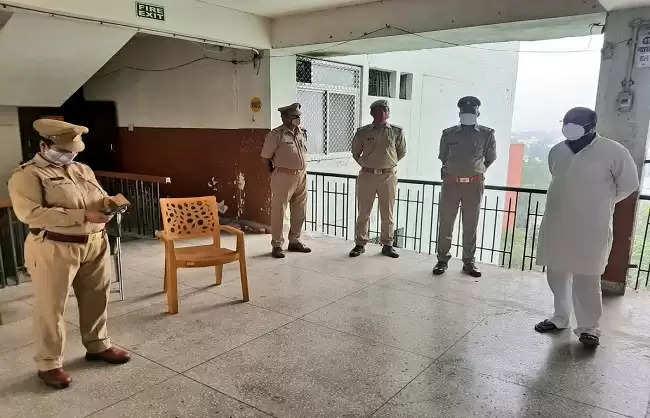 Newspoint24 / newsdesk UP Congress President Ajay Lallu under house arrest