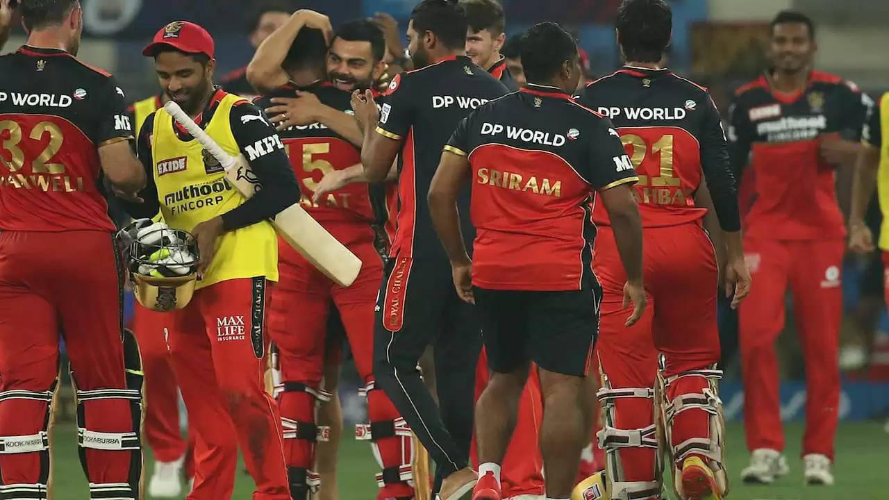 भरत ने आखिरी गेंद पर छक्का जड़ कर बेंगलुरु को दिलाई जीत