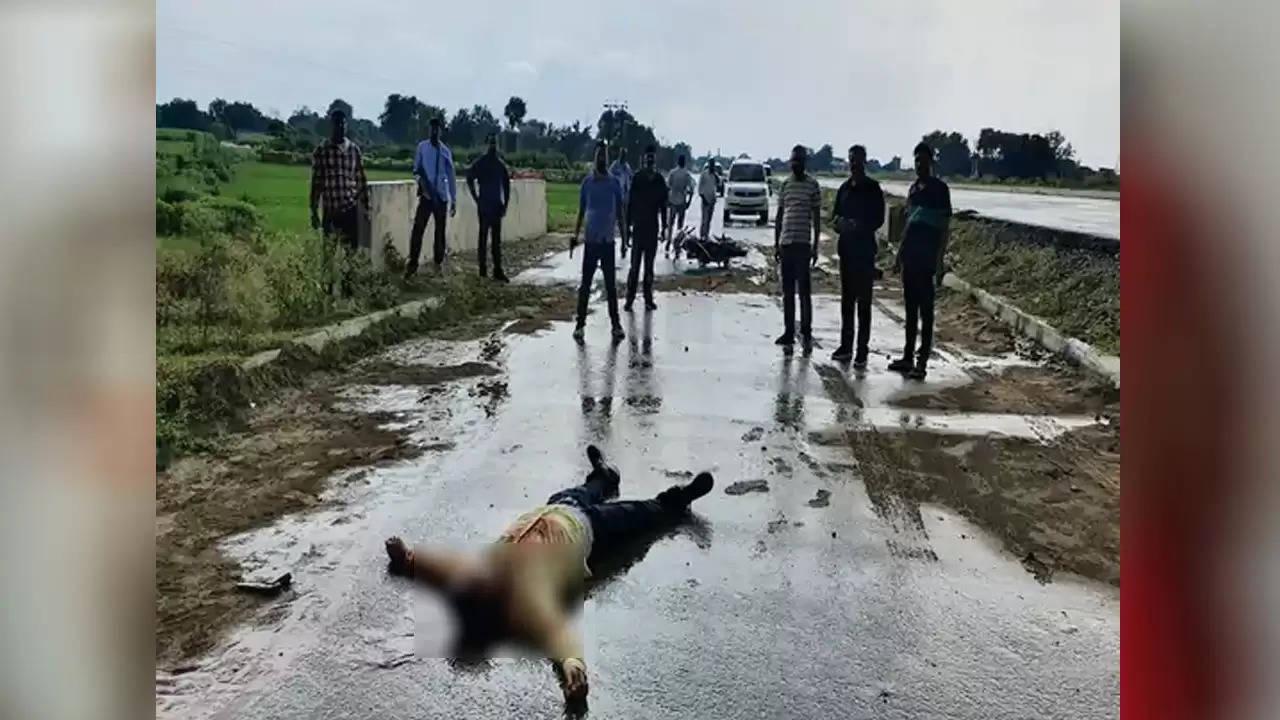 वाराणसी : एक लाख के इनामी बदमाश दीपक वर्मा उर्फ गुड्डू को यूपी एसटीएफ ने मुठभेड़ में मार गिराया