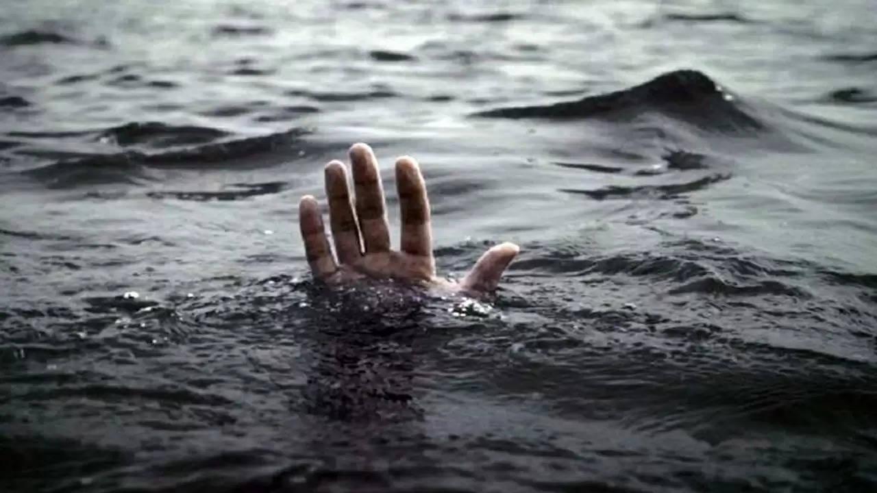 पिकनिक मनाने गए युवक की नहर में डूबने से मौत