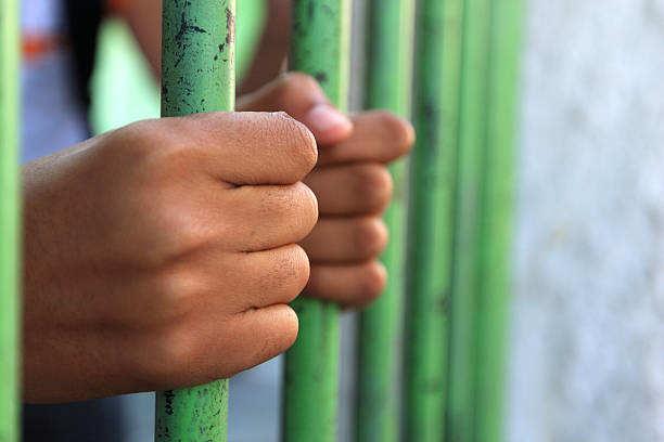 कान्स्टेबल की तस्करों द्वारा हत्या के मामले में दो कान्स्टेबल गिरफ्तार