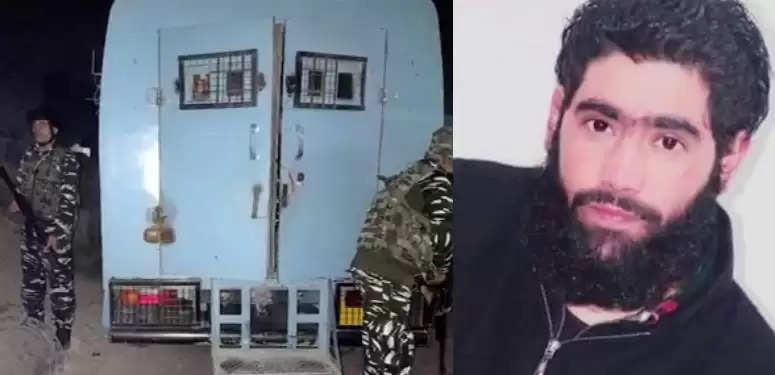 श्रीनगर के नाटीपोरा में पुलिस टीम पर हमला , एक आतंकी ढेर दूसरा फरार