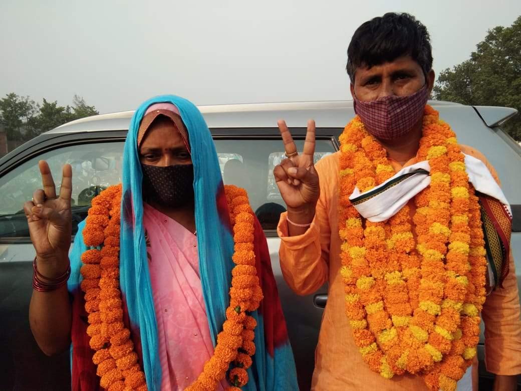 वाराणसी: कृष्णदत्तपुर गांव की प्रधान बनी कृष्णावती, चौथी बार घर में प्रधानी का ताज बरकरार