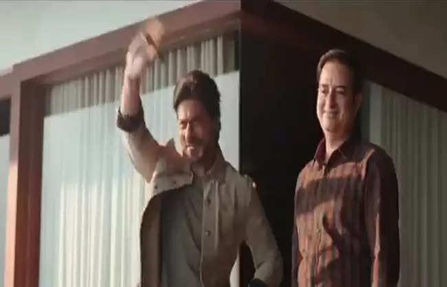 शाहरुख़ खान को सता रहा डर,अक्षय कुमार और अजय देवगन के लिए फैंस छोड़ देंगे साथ