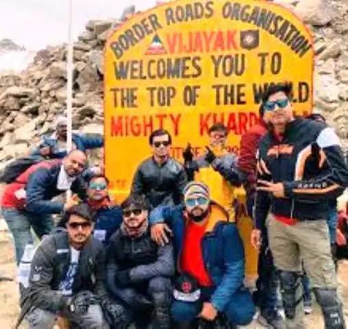 बाइकर्स दल ने आजाद तिरंगा यात्रा के जरिये पूरा किया 1300 किमी का सफर