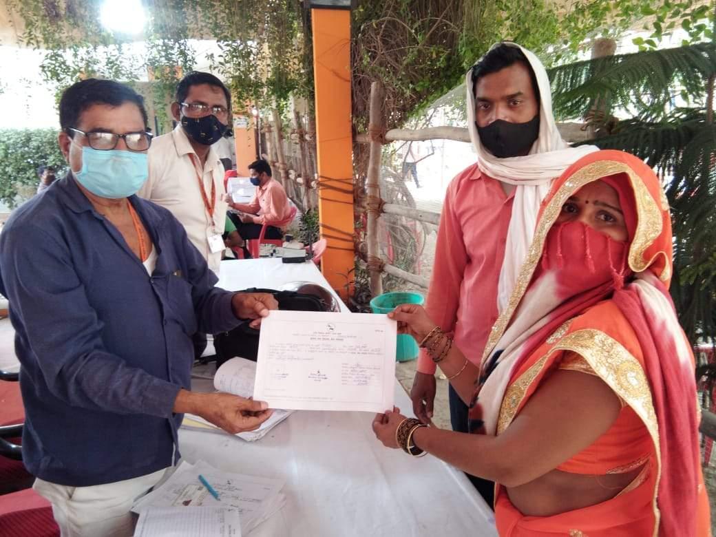 वाराणसी: जिला पंचायत सदस्य का परिणाम आना शुरू,चोलापुर में दो सीट पर भाजपा समर्थित जीते