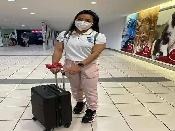 टोक्यो ओलंपिक के लिए अमेरिका से जापान रवाना हुईं मीराबाई चानू