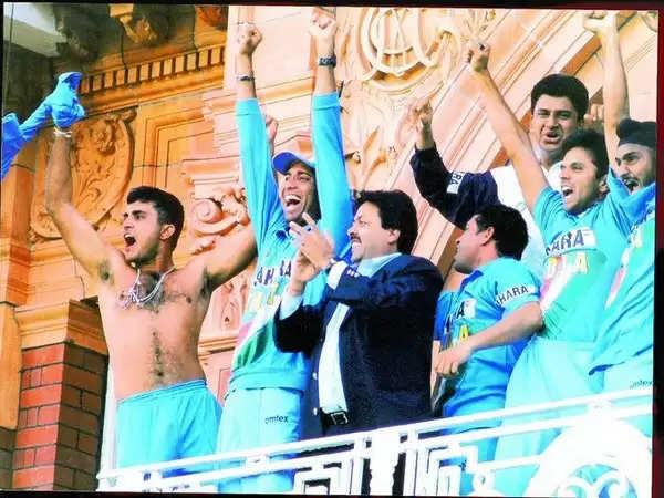 यादों के झरोखे से : भारतीय टीम ने 19 साल पहले आज ही के दिन इंग्लैंड को हराकर जीती थी नेटवेस्ट ट्रॉफी
