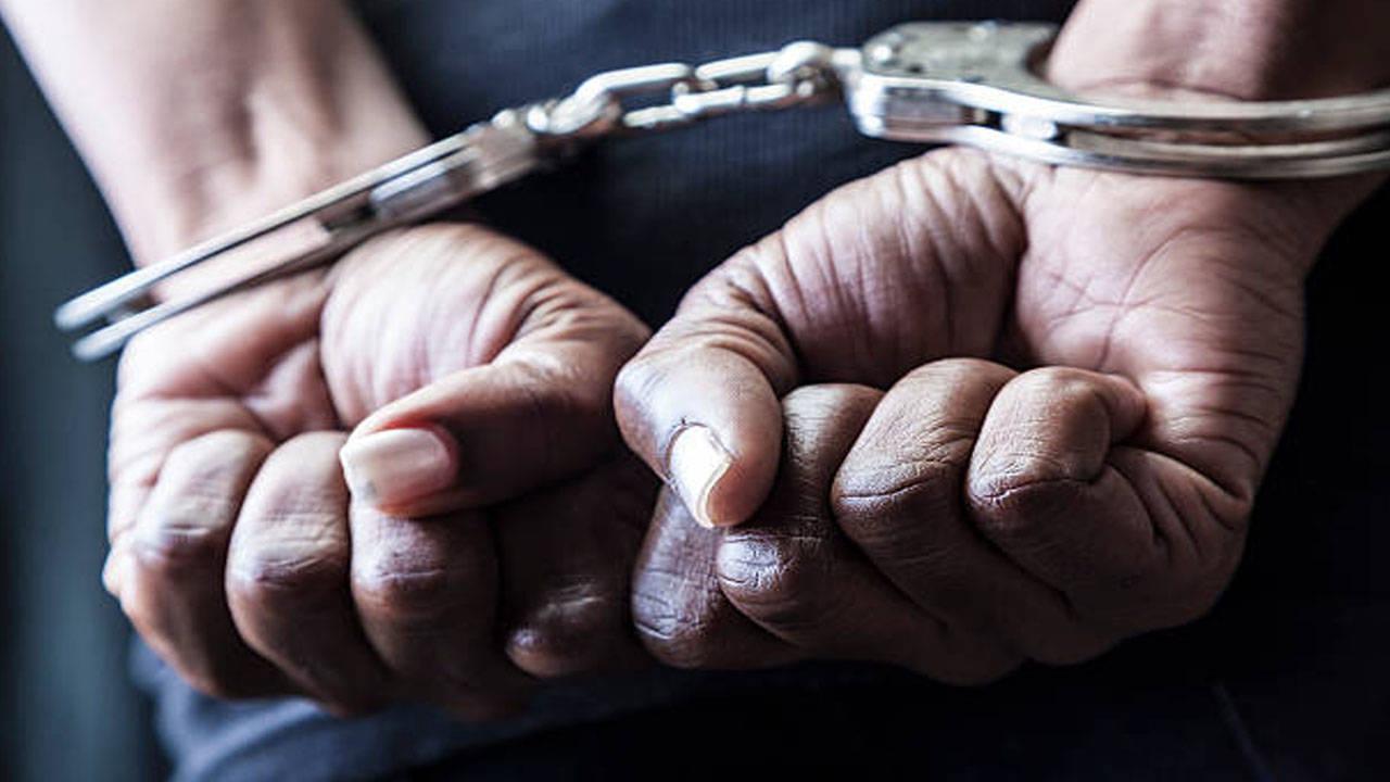 यूपी : आगरा में अपहरण के मामले में संलिप्त 15 हजार के इनामी गैंगस्टर सहित चार अन्य अपराधी धराये