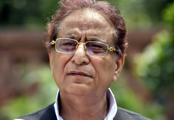 सीतापुर जेल में बंद सांसद आजम खां कोरोना संक्रमित