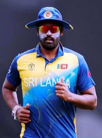 श्रीलंका के हरफनमौला खिलाड़ी थिसारा परेरा ने अंतरराष्ट्रीय क्रिकेट से लिया संन्यास