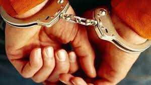 फरार बंदियों को शरण देने वाला गिरफ्तार