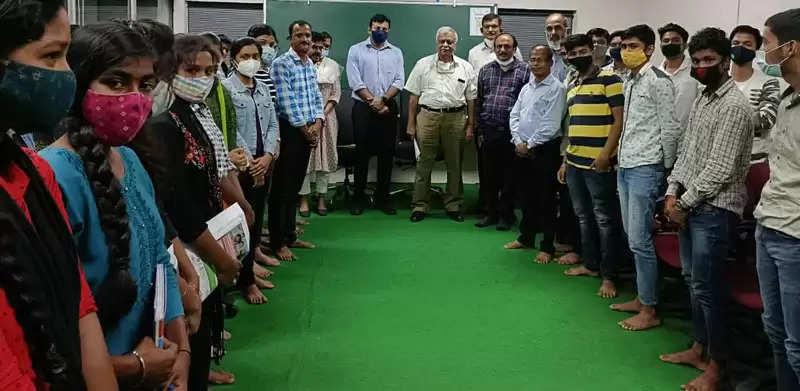 जगदलपुर:प्रमुख सचिव ने आईईएस, गेट व एमबीए प्रवेश कोचिंग शुरू करने के दिए निर्देश